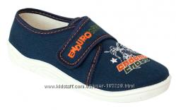 детские тапочки и обувь для дома, садика, двора Zetpol