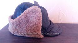 Кожанная на овчине шапка
