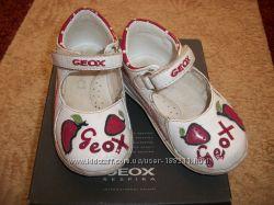 Туфельки GEOX  22 размера