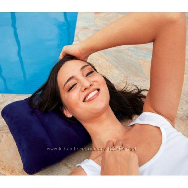 Подушка надувная темно-синяя Intex 68672