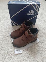 Geox деми ботинки р34