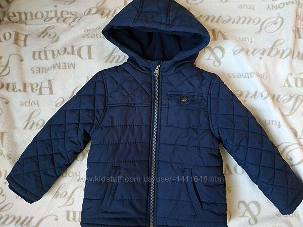 Стильная курточка в хорошем состоянии