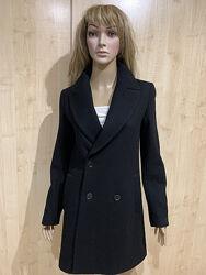 Пальто чёрное шерсть ZARA.