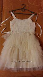 Праздничное платье на девочку от 134-до 150см