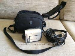 Видеокамера Sony DCR-HC38E