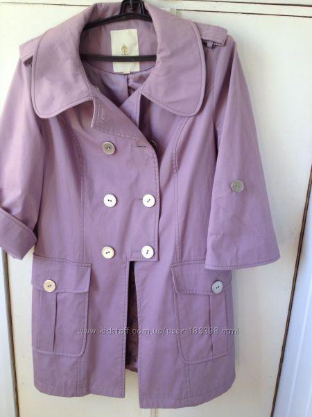 Стильное женское легкое пальто