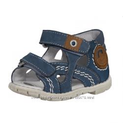 Chicco новые сандали  чикко 22