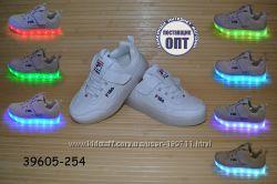 Кроссовки со светящей LED подошвой с USB кабелем размеры 26 - 31
