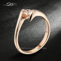 Нежные кольца с белым камнем. Три вида