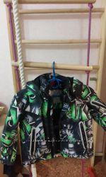 отличная курточка для мальчика