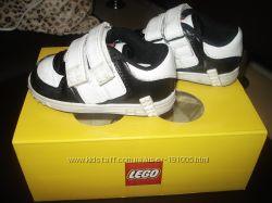 Фирменные кроссовки LEGO 20р.