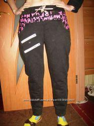 Новые спортивные брюки с начесом, расцветка- варенка