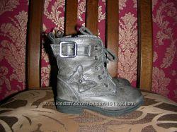 Деми ботиночки Matalan US 6 Наш 23