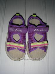 Босоножки Clarks UK 5