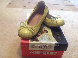 Туфли-балетки для девочки