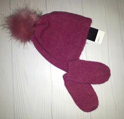 Вязаный комплект из шапки и рукавичек с помпонами Next  1-2 года