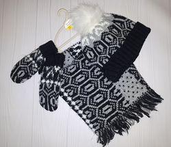 Комплект из шапки с помпоном и шарфа-снуда и рукавичек Next 5-6 лет