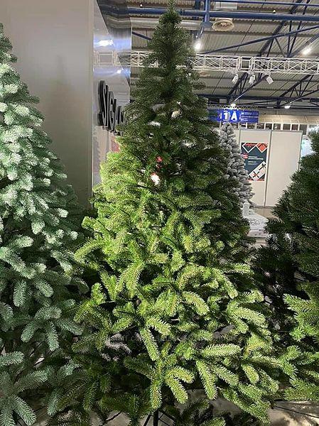 Искусственная зеленая елка Президентская литая