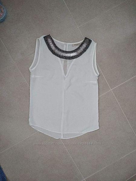 Шикарная нарядная блуза  Azaka  Paris . размер указан S