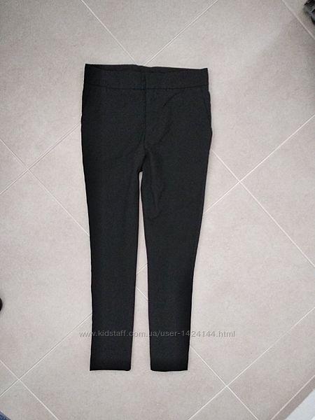 Бомбезные укороченные брюки  черного цвета. бирок нет. размер S