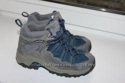 Продам ботинки COLUMBIA