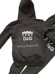 Гламурный  костюм со стразами D&G Турция хаки