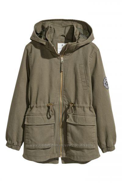 Лёгкая куртка парка с капюшоном, S  бренд H&M Англия