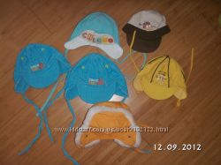 Демисезонные шапки Chicco для самых маленьких