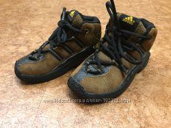 Детские демисезонные ботинки  кроссовки Adidas