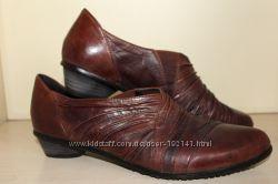 Полностью кожанные женские туфли Canal Grande 27, 5 см