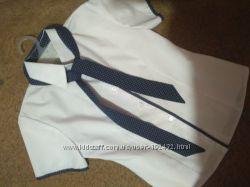 Продам школьную  блузу на рост 134