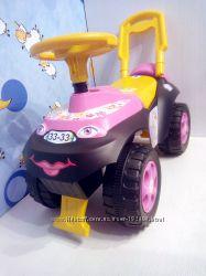 Прдам машинку-толокар Автошка для девочки