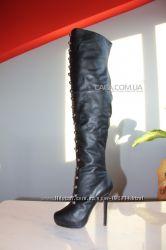 супер сапоги-ботфорты christian louboutin кожа35-36 в наличие