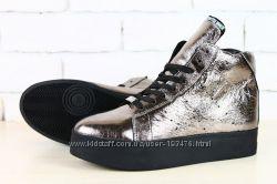 Ботинки зимние кожаные