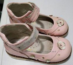 Туфельки Woopy 25 размер