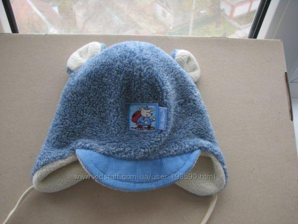 Продам зимнюю шапочку на мальчика Польша