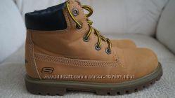 Пролет - Ботинки SKECHERS, обули дважды, размер US 2- европейский 33, 5