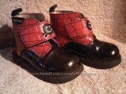 Ботинки MOSCHINO из натуральной кожи