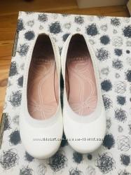 Одели 2 раза туфли Garvalin 32 размер 20 см стелька
