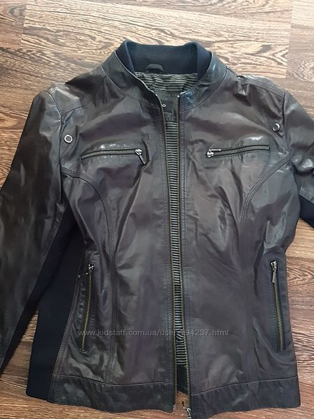 Кожаная куртка р СМ