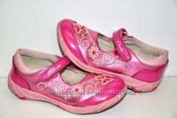 Clarks р. 8Е стелька 16, 5 см Туфли натуральная кожа Вьетнам