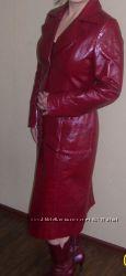 Кожаное пальто  L -48р. было мало в носке.