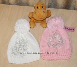 Зимние шапочки девченкам 54-56.