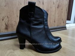 Осенние кожанные ботинки на каблуке, 40 р, черные с утеплителем