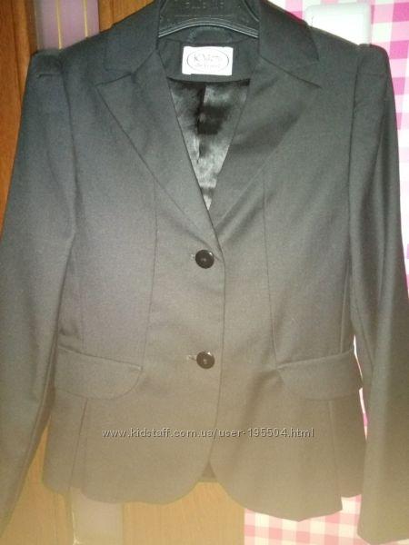 Пиджак для девочки 140 см Юность