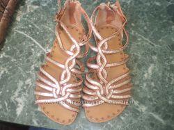 Римские сандалии Некст для модницы размер12- 18, 5 см  кожа натур как новые