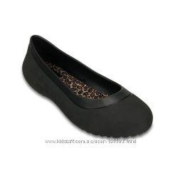 Crocs Black Mammoth Leopard Lined Flat
