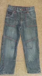Демисезонные джинсы   TOPOLINO  на 5 лет 110см