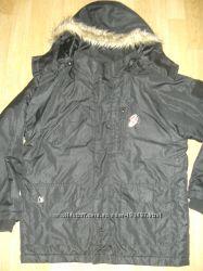 Деми куртка мальчику AIRWALK на 10-13 лет шапка AIRWALK