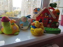 Chicco игрушки, музыкальный домик, неваляшка, черепаха, уточка для ванной